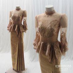 made to measure for bridal gowns evening Kebaya Lace, Batik Kebaya, Gala Dresses, Nice Dresses, Formal Dresses, Thai Traditional Dress, Traditional Outfits, Thai Wedding Dress, Hijab Fashion