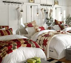 love the quilt on top of white comforter