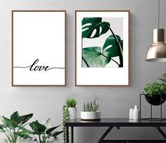 Conjunto com 2 quadros decorativos com moldura madeira natural