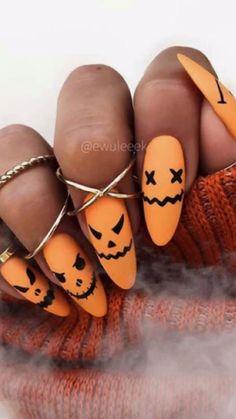 Holloween Nails, Halloween Acrylic Nails, Cute Halloween Nails, Acrylic Nails Coffin Short, Best Acrylic Nails, Diy Halloween, Halloween Recipe, Halloween Nail Designs, Women Halloween