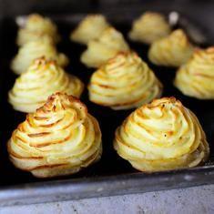 Duchess Potatoes (via www.foodily.com/r/YMcLhTfGb)