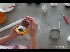 Garfield & Friends CUPCAKES! The making of the cupcakes video!