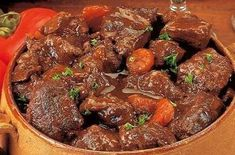 Daube Provençale d'Agneau au Vin Blanc. Provencal Lamb Stew with White Wine Paleo French Cuisine by Chef Alain Braux Beef Recipes, Cooking Recipes, Lamb Stew, Fat Burning Foods, International Recipes, Soups And Stews, The Best, Food And Drink, Wine Food