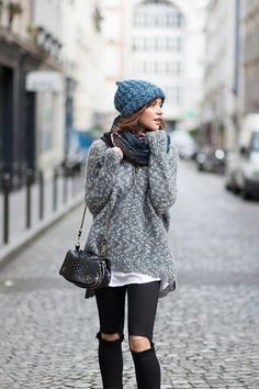 comfy winter outfit baubles zoe waysify