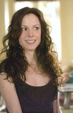 Love Nancy Botwin's hair.