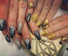 Silver or gold?  Your Beauty Artist        ⚜Taija⚜        ⚜Dai⚜