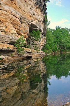 Buffalo Bluff reflecting in the Buffalo River #Arkansas