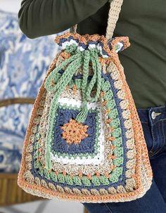 Crochet Purses Patterns Ravelry: Granny Drawstring Tote Bag pattern by Katherine Eng - free pattern (red heart) - Crochet Shell Stitch, Crochet Tote, Crochet Handbags, Crochet Purses, Love Crochet, Knit Crochet, Crochet Granny, Crochet Cushions, Crochet Pillow