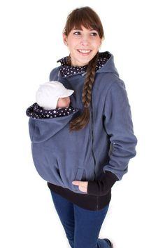 De oorspronkelijke 3 in 1 fleece slijtage jas voor het dragen van de comfortabele en gezellige van uw baby. Draagbare tijdens de zwangerschap als een kraamafdeling Jack, in de draagtijd van de baby en later dan normaal en praktische, casual jas.  Ziet er prachtig uit en is ook geweldig om te combineren met onze stijlvolle shirts.  Een perfect cadeau voor de geboorte!  ♥ voor de uitvoering van de kinderen tot 2 jaar (afhankelijk van de grootte van het kind) Kan gedragen worden over een…