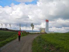 Collado que separa La Rioja de León. Lo encontramos al salir de Grañón (La Rioja).