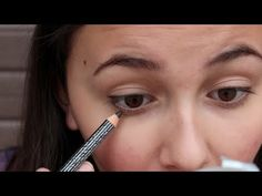 Good tutorial on how to apply pencil eyeliner. Girls that don't already know how need to watch this and figure it out over the summer!