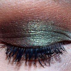 Green smokey eyeshadowlook