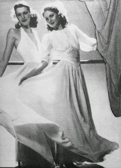 OĞUZ TOPOĞLU : jean louis scherrer 1975 krep tuvalet modelleri Formal Dresses, Model, Fashion, Dresses For Formal, Moda, Formal Gowns, Fashion Styles, Scale Model