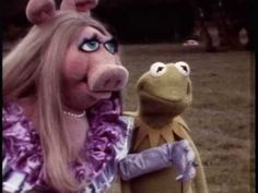 1979 Muppet Movie Camera Test - Part Two. Jim Henson and Frank Oz ad lib - hilarious The Muppet Movie, Movie Tv, New Movies, Movies And Tv Shows, Frank Oz, Camera Test, Screen Test, Geek Tech, Movie Camera