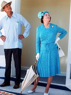 Elizabeth II & Philip looking at? Queen Elizabeth II (Elizabeth Alexandra Mary) UK & husband Prince Philip Duke of Edinburgh (Philip Mountbatten-born Prince Philip) Greece. Die Queen, Hm The Queen, Royal Queen, Her Majesty The Queen, Save The Queen, Queen Liz, Royal Royal, Fashion Through The Decades, Decades Fashion