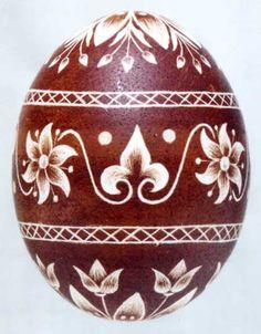 Karcolt tojás - Scratch-carved egg (59)