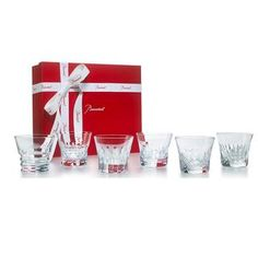 Perfect at any time of day to savor your drink of choice, from the morning juice to the afternoon soft drink to the pre-dinner spritz. New Home Gifts, Gifts For Family, Baccarat Crystal, Classic Image, Free Gifts, Barware, Gift Wrapping, Soft Drink, Tumblers