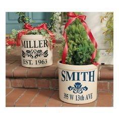 My plants will never be stolen again! Could do this with vinyl letters :) much less expensive...