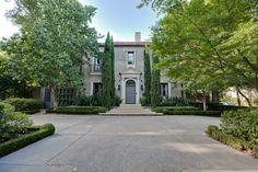 3900 Euclid Avenue, Highland Park, TX 75205. Sold in 2012 by Doris Jacobs I Doris Jacobs Real Estate.