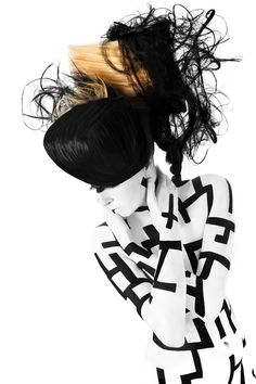 Labyrinth by Benjamin von Wong #hair #bodypaint