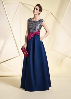 A1812, Ángela Ariza Gala Dresses, Formal Dresses, Fiesta Outfit, Mom Dress, Elegant Outfit, Beautiful Gowns, Pretty Outfits, Designer Dresses, Marie