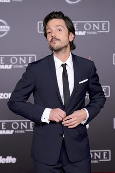 "Actor Diego Luna attends the premiere of Walt Disney Pictures and Lucasfilm's ""Rogue One: A Star Wars Story"" at the Pantages Theatre on December 10, 2016 in Hollywood, California."