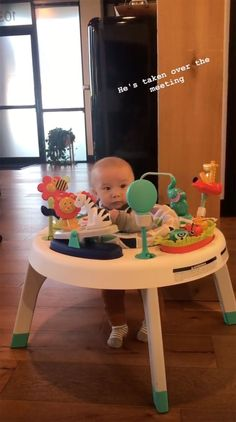 Every Adorable Photo of Chip and Joanna's New Baby, Crew Gaines Joanna Gaines Baby, Joanna Gaines Decor, Joanna Gaines Style, Chip And Joanna Gaines, Fixer Upper Tv Show, Fixer Upper Joanna, Magnolia Fixer Upper, Jo Gaines, Chip Gaines