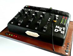 Mixing desk cake   Flickr - Photo Sharing! #mixingdesk #cake