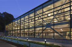 cross bracing, Pasadena Water and Power / Gonzalez Goodale Architects