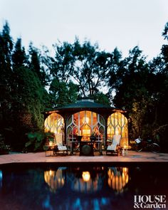 The pool pavilion of a Southampton, New York, property serves as a guesthouse