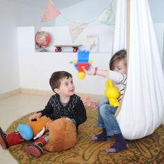 Hamaca colgante Kangu Kids. hamaca colgante. Hamaca para exterior. Hamaca para decorar habitación. Oferta 74.59 euros.