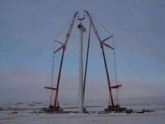 2  x Liebherr LTM's - Mammoet,  tag teaming a wind turbine