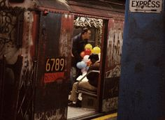 20 Gritty Photos From The NYC Subway In 1973: awesome.