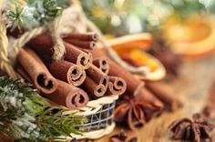 Try these natural chemical-free ways to make your home smell like Christmas all season long.