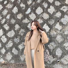 Kim Sejeong, Just For Fun, Ulzzang Girl, Women Empowerment, Cool Girl, Rapper, Female, Coat, Instagram Posts
