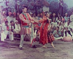 Shammi Kapoor, Bollywood Pictures, Bon Film, Romantic Films, Indian Star, Vintage Bollywood, Bollywood Stars, Golden Age, Brows