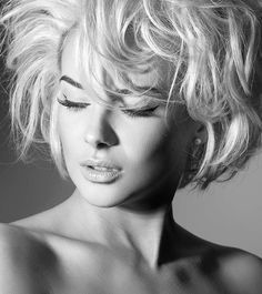 5 Awesome Short Hairstyles Videos