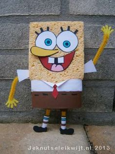 Surprise - sponge bob Spongebob Crafts, Diy For Kids, Crafts For Kids, Homemade Christmas Crafts, Diy And Crafts, Arts And Crafts, Christmas Flower Arrangements, Cardboard Art, Reborn Dolls