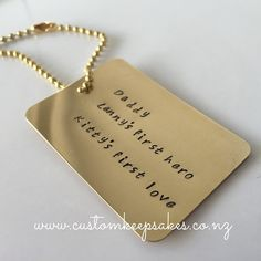 Customise these bagtags how you wish.  sHOP via the link in my bio. #fathersday2015 #firstlove #firsthero #dad #customkeepsakesnz #personalised #nzmade #madeinnz #bagtag #nnzbg #networknz #thehivenz