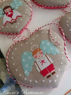 Chart Cuore d'Angelo (including heart pinkeep tutorial in English, Italian, French) - Hardcopy or PDF format Christmas Cross, Little Christmas, Christmas Angels, Christmas Stockings, Christmas Gifts, Christmas Tree, Cross Stitch Love, Cross Stitch Finishing, Cross Stitch Charts