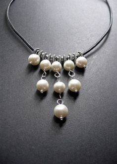 Pearl and Leather Necklace. Pearl Bib Necklace, Statement Necklace, Handmade