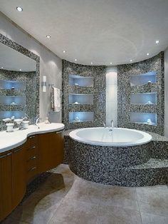 Bathroom Bathtub Tiles Style