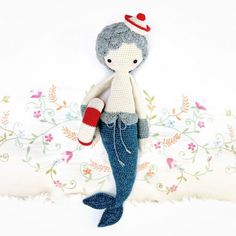 MICI THE MERMAID from lalylala » crochet patterns for handmade dolls.  She has the most amazing doll patterns!!