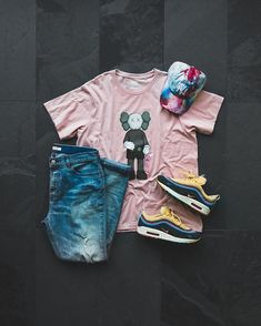 Image may contain: shoes Dope Outfits For Guys, Swag Outfits Men, Nike Outfits, Chic Outfits, Denim Jacket With Hoodie, Paint Splatter Jeans, Urban Fashion, Mens Fashion, Yeezy Fashion