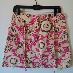 "J. Crew Skirt Floral pink off white and brown with yellow outline pattern. 100% cotton. Zips up the side. Waist laying flat is 15"" across. The length is 15.25"" long. Thin accent belt that ties in front. In AMAZING condition. No signs of wear. J. Crew Skirts Mini"