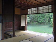 A meditation room Katsura Rikyu, Kyoto, Japan Japanese Interior Design, Asian Design, Japanese Design, Japanese Style House, Traditional Japanese House, Hotel In Den Bergen, Tatami, Monsaraz, Japanese Temple