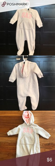 Gap baby body suit It's like new GAP Other