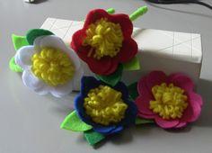 Flor de Feltro petalas em forma de coraçao Passo a Passo