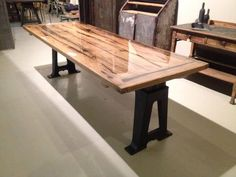9 layers of epoxy, what an amazing table! Dutch Design week Eindhoven