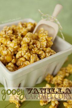 Gooey Vanilla Caramel Corn Recipe #popcorn www.KristenDuke.com